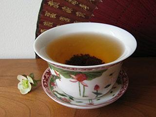 Black tea is identical to the green Black tea is identical to the green?
