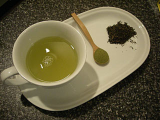 Green tea can help lose weight and stay healthy Green tea can help lose weight and stay healthy